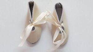 Chaussures  Long 67   Large 27   Simili cuir Beige        pour poupées anciennes