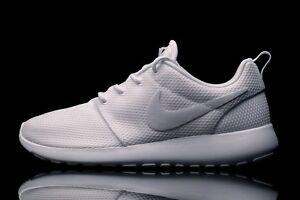 Nike-Femmes-Roshe-One-Baskets-Femmes-Gym-Chaussures-Course-UK-4-5-Blanc