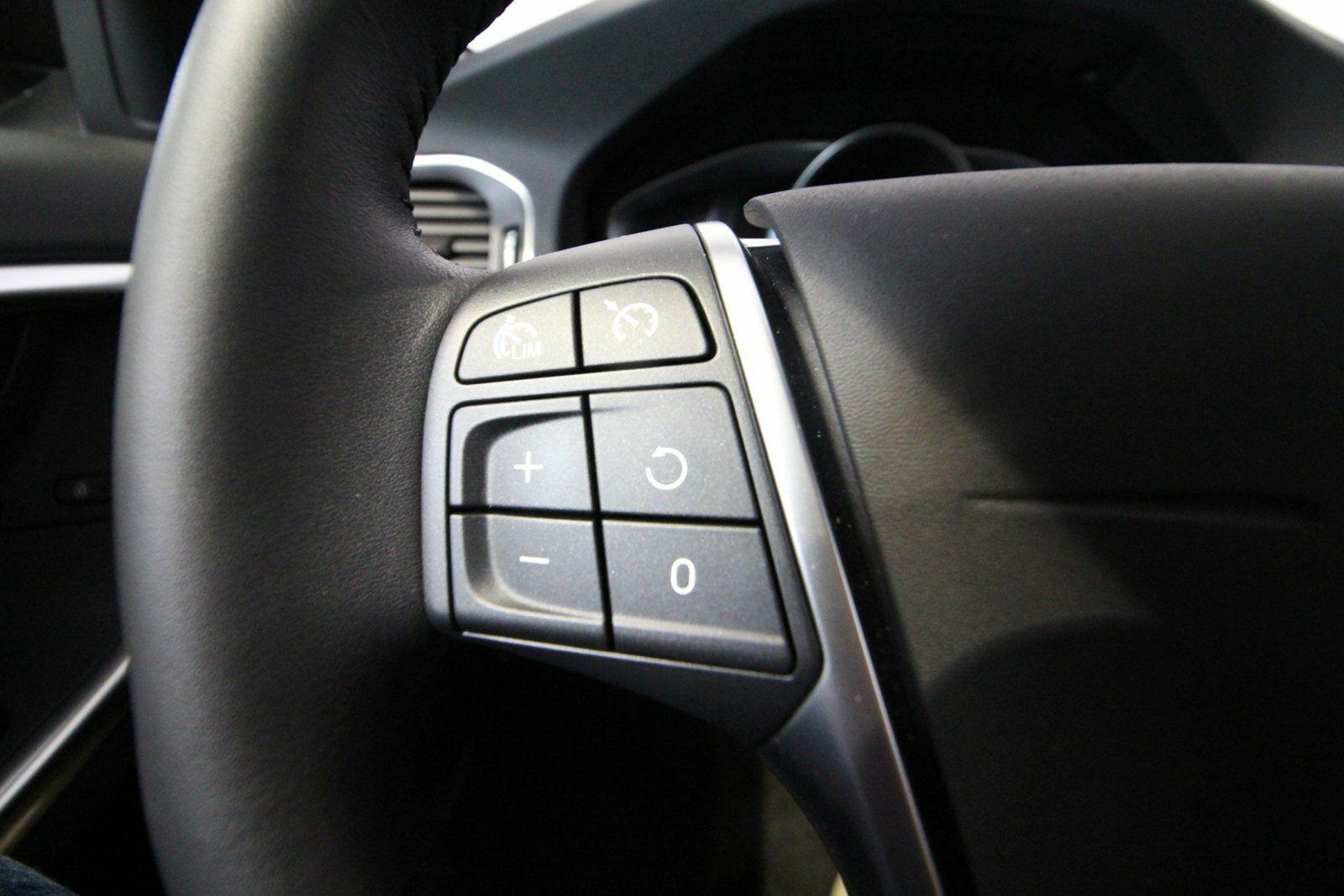 Volvo V60 D4 190 Momentum aut.