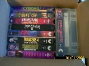 Lot-of-13-VHS-cassette-tapes-for-a-VCR-player-Action-and-Horror