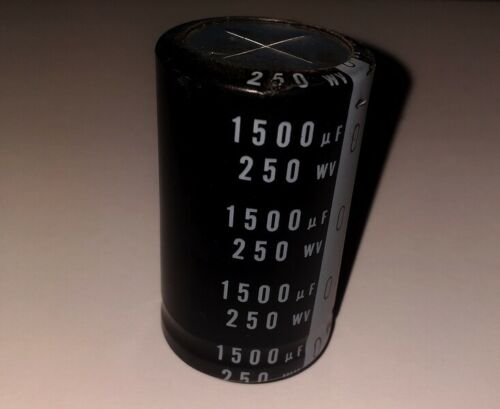 85°C NICHICON Leggi tutto. CondensatorE elettrolitico 1500nF 250V