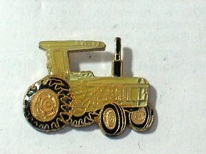 Vintage-Tractor-White-Enamel-Pin