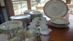 Grandma's Kitchen Dinnerware Set by PFALTZGRAFF 58 pieces Tumblers Hostess pcs