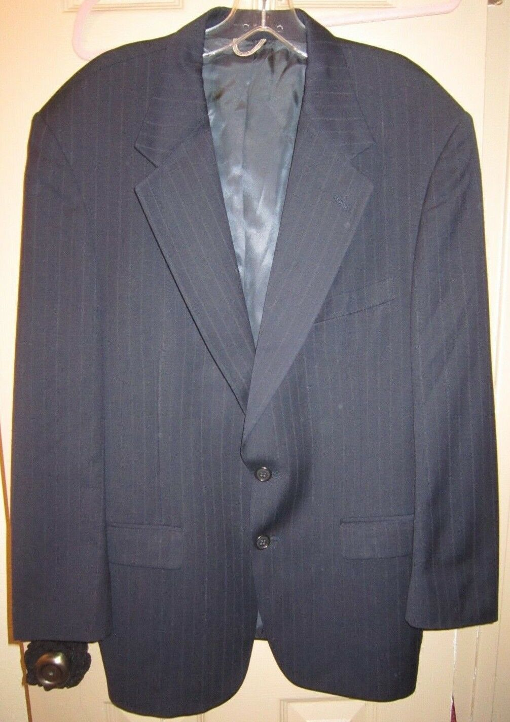 SZ 42R 32W X 30L STAFFORD EXECUTIVE HARTMARX blueE STRIPED TWO BUTTON SUIT, EUC