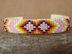 Native-American-Indian-Jewelry-Hand-Beaded-Bracelet-by-Lucille-Ramone