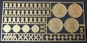 Warhammer-40-000-Imperial-Fists-Space-Marine-Chapter-amp-Squad-Symbols-Brass-Etch