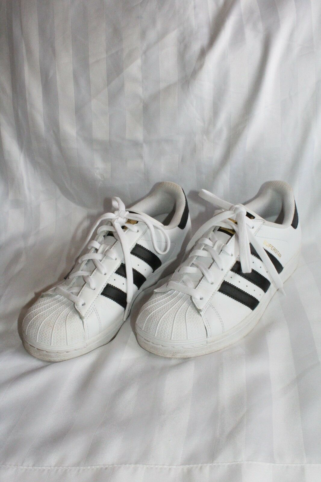 Adidas Black and White Original Superstar Leather Athletic Sneaker shoes Size 8