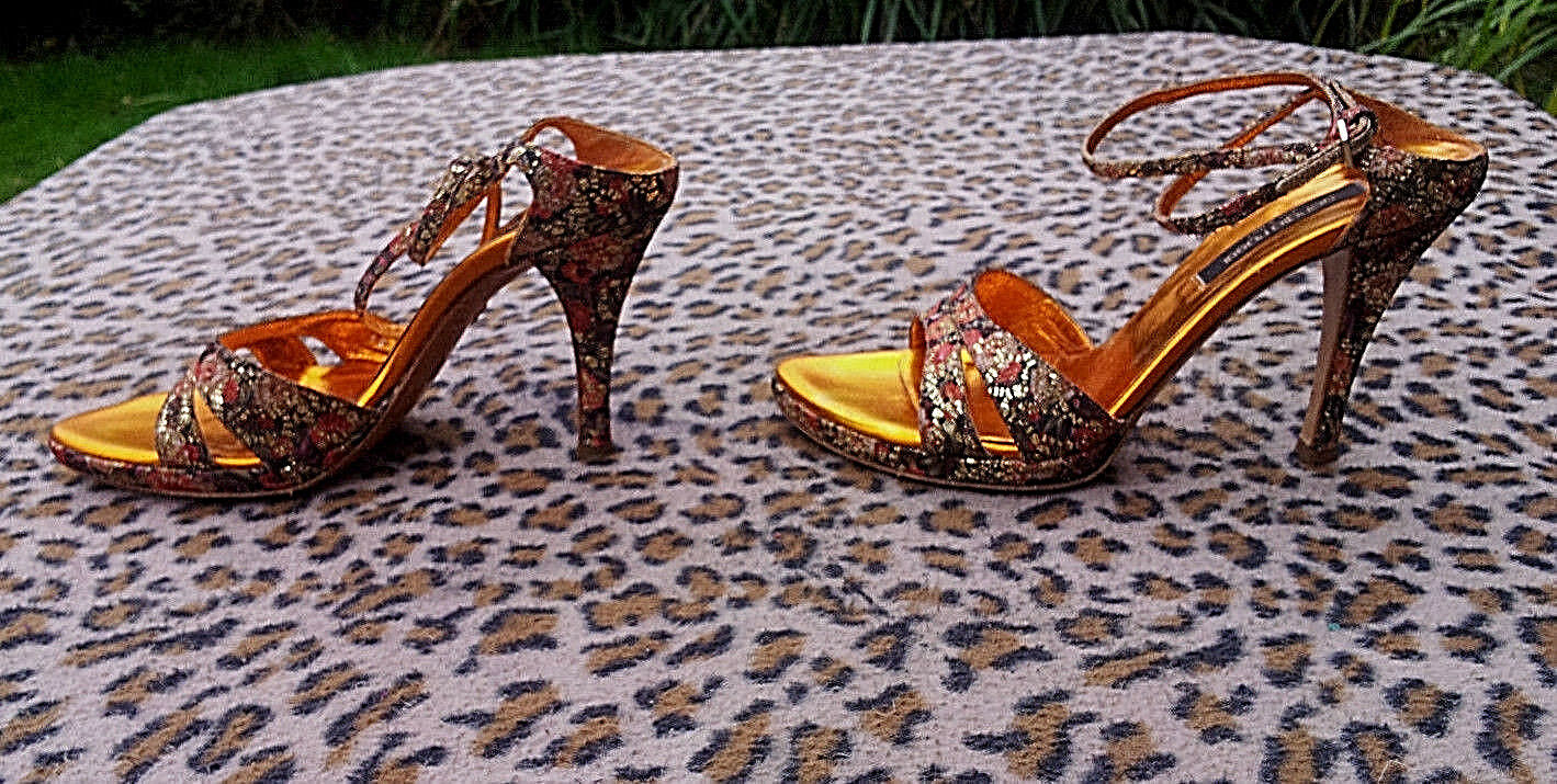 Sergio Rossi floral pattern high heeled sandals made in  EU size 36, UK 3