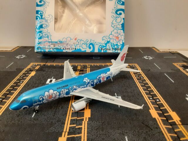 Herpa Wings 1:200 airbus a 320 United