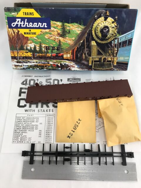 BRAND NEW Vintage Athearn HO Scale ATSF 50' Flat Santa Fe with Stakes 1400 Train