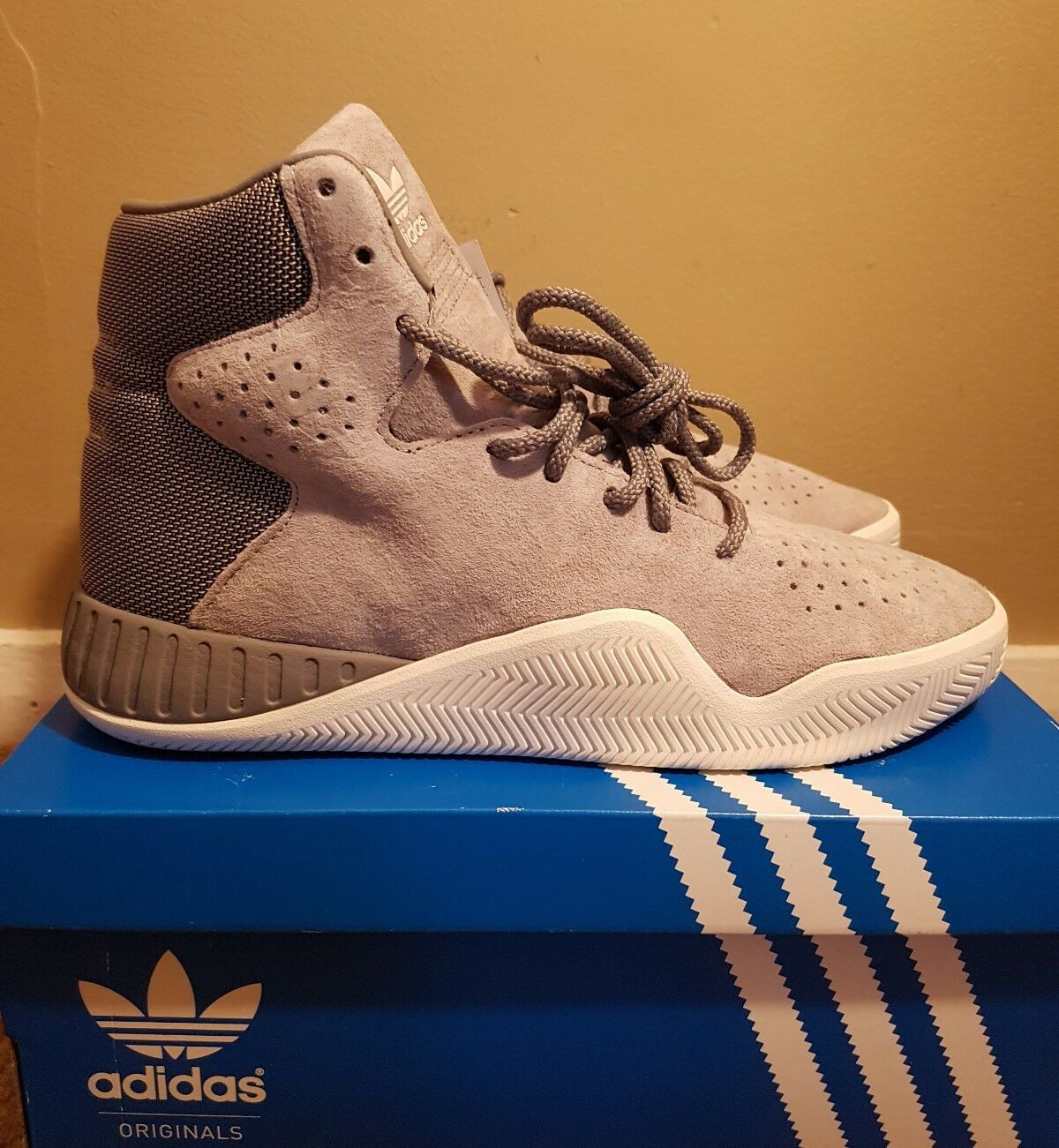 Adidas Tubular Instinct Size 5.5 S76171