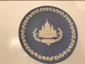 Vintage-Wedgwood-Christmas-1972-St-Paul-039-s-Cathedral-Jasperware-Plate-Blue-white