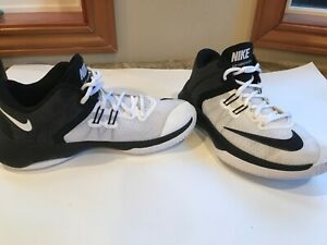 Details about NIKE Air Versatile II Mens Size 7.5 White/Black Basketball  Shoes 921711-100
