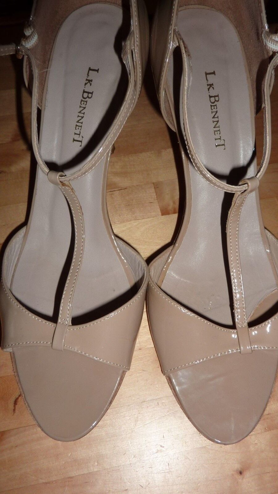 LK Bennett UK 7 40 taupe verni Beige Talons T Bar Sandale tribunaux Chaussures Fab RARE