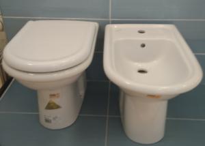 Lavabi In Ceramica Dolomite.Dettagli Su Ceramica Dolomite Serie Clodia Completa Vaso Sedile Bidet 1f Lavabo Cm60 Colonna