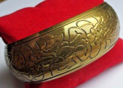 Umoristico Beau Large Bracelet Bijou Vintage 70 Rigide Cuivre Jaune Patiné Motif Floral 329 Luminoso A Colori