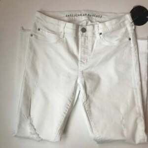 ARTICLES-OF-SOCIETY-Heavily-Distressed-White-Skinny-Jeans-Size-29-NEW