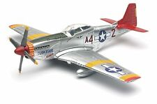 NewRay Model Kit 1:48 fighter Jet P-51 Mustang Tuskegee Airmen Red Tails