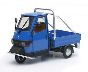 Vespa-Piaggio-Ape-Cross-50-azul-escala-1-18-de-Newray