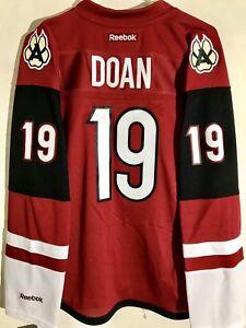 0e6fcc4e6 Reebok Women's Premier NHL Jersey Phoenix Coyotes Doan Burgundy Alt ...