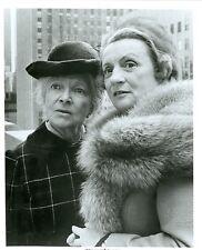 HELEN HAYES MILDRED NATWICK PORTRAIT THE SNOOP SISTERS ORIGINAL '74 CBS TV PHOTO