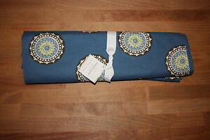 Pottery Barn Blue Medallion Table Runner 18 X 108 Inches