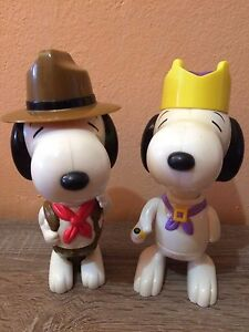 Snoopy-Re-Snoopy-Capo-Scout-Mc-Donalds-Giocattoli-Large-anno-2000-14-17-cm