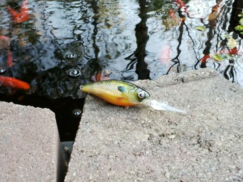 Ez/'s custom wrapped and painted Deep CB .8oz CRANKBAIT