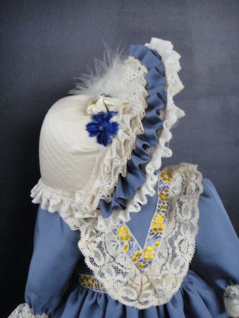 Blau Silk French French French Doll Dress for 17-18  doll + HAT- Antique Style Made in France 42aa8f