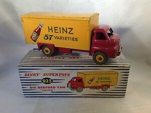 Dinky-Toys-Supertoys-no-923-Big-Bedford-Van-Heinz-Ketchup-Bottle-Truck-Boxed