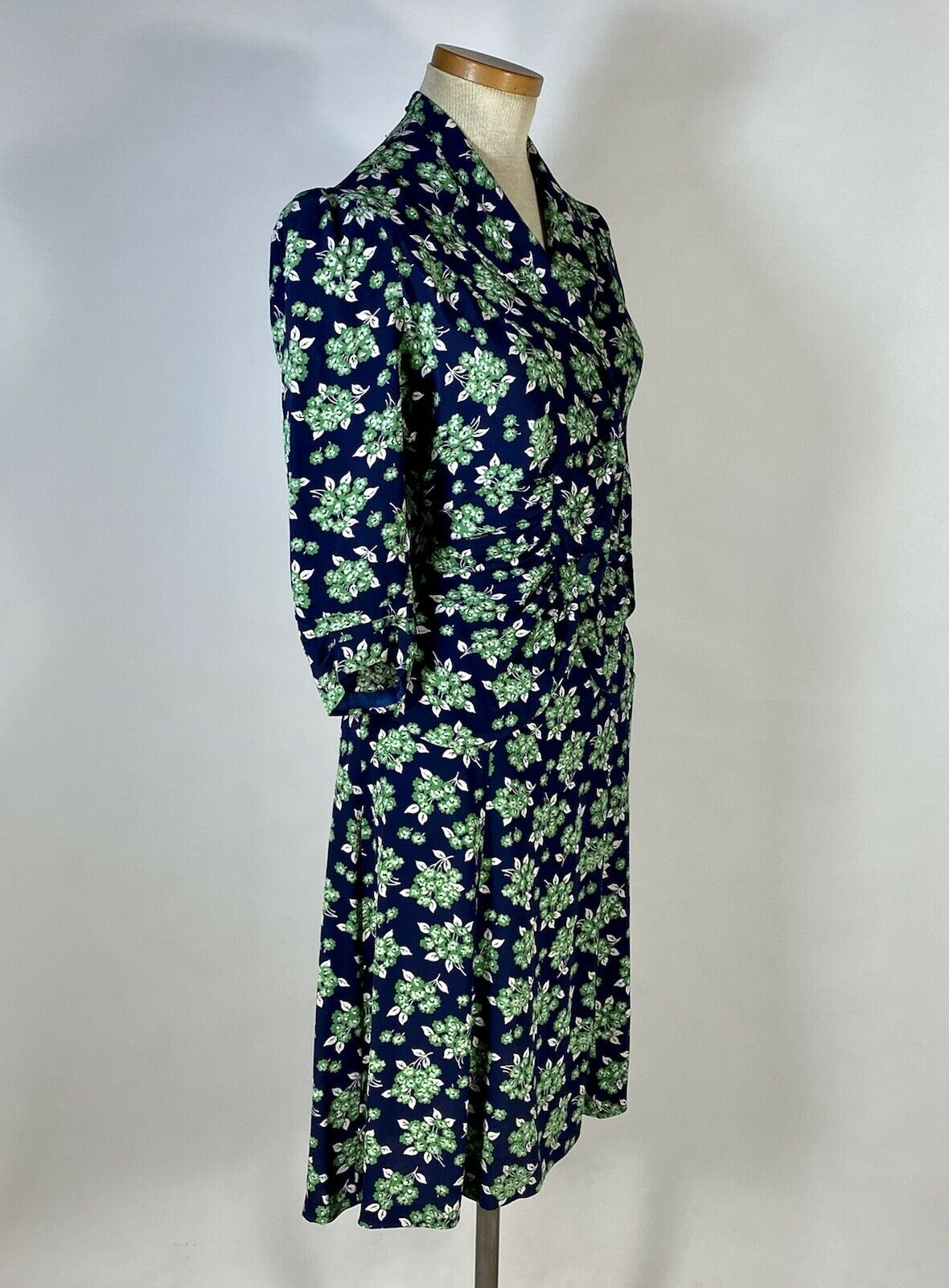 Vintage early 1940's floral silk crepe 2-pc. skir… - image 8