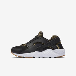 dfdbf569df Nike HUARACHE RUN Print Boys Girls Size 3.5 4 4.5 5.5 Black Shoe Run ...