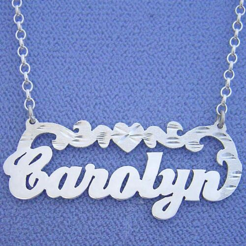 Silver Personalized Name Necklace w// Heart Design Pendant SN35
