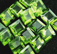 1 Peridot 5x5mm Carre Neon Grün!