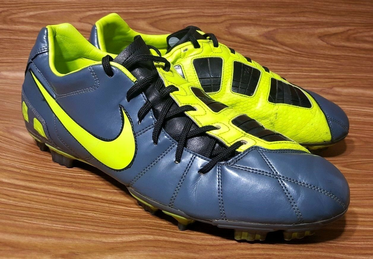 NIKE T90 TOTAL 90 MENS SOCCER CLEATS SIZE 13
