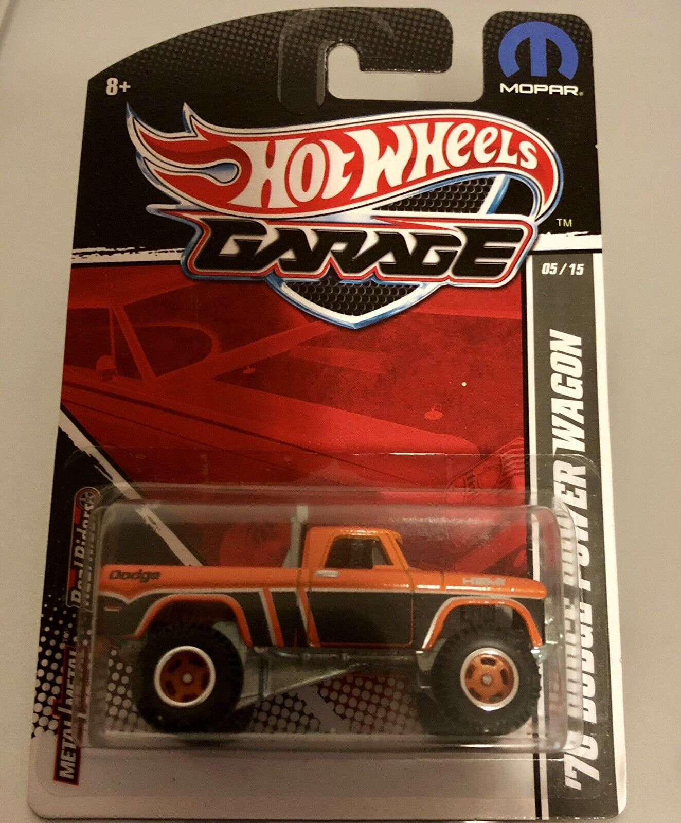 Hot Wheels '70 Dodge Power Wagon. Garage Series. Real Riders. orange