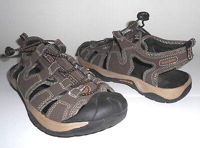skechers hiking sandals
