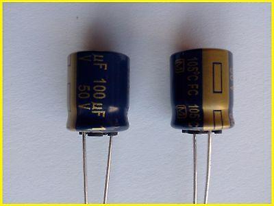 2 condensateurs 680uF 35V 105°C Panasonic FC