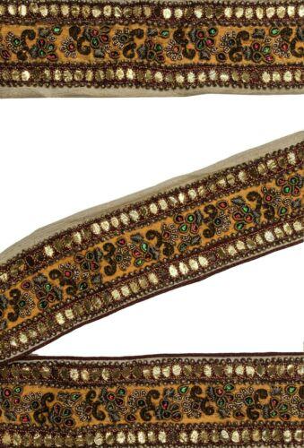 "Vintage Border Embroidered Lace Sari Trim 2.2/"" Wide Woven Antique Ribbon ST2481"