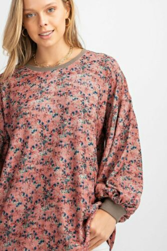 EASEL Wildflower Long Sleeve Knit Pullover Tunic Sweater
