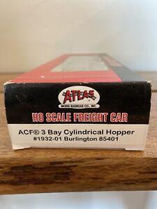 HO-Scale-Atlas-1932-01-Burlington-3-Bay-Cylindrical-Hopper-CB-amp-Q-85401