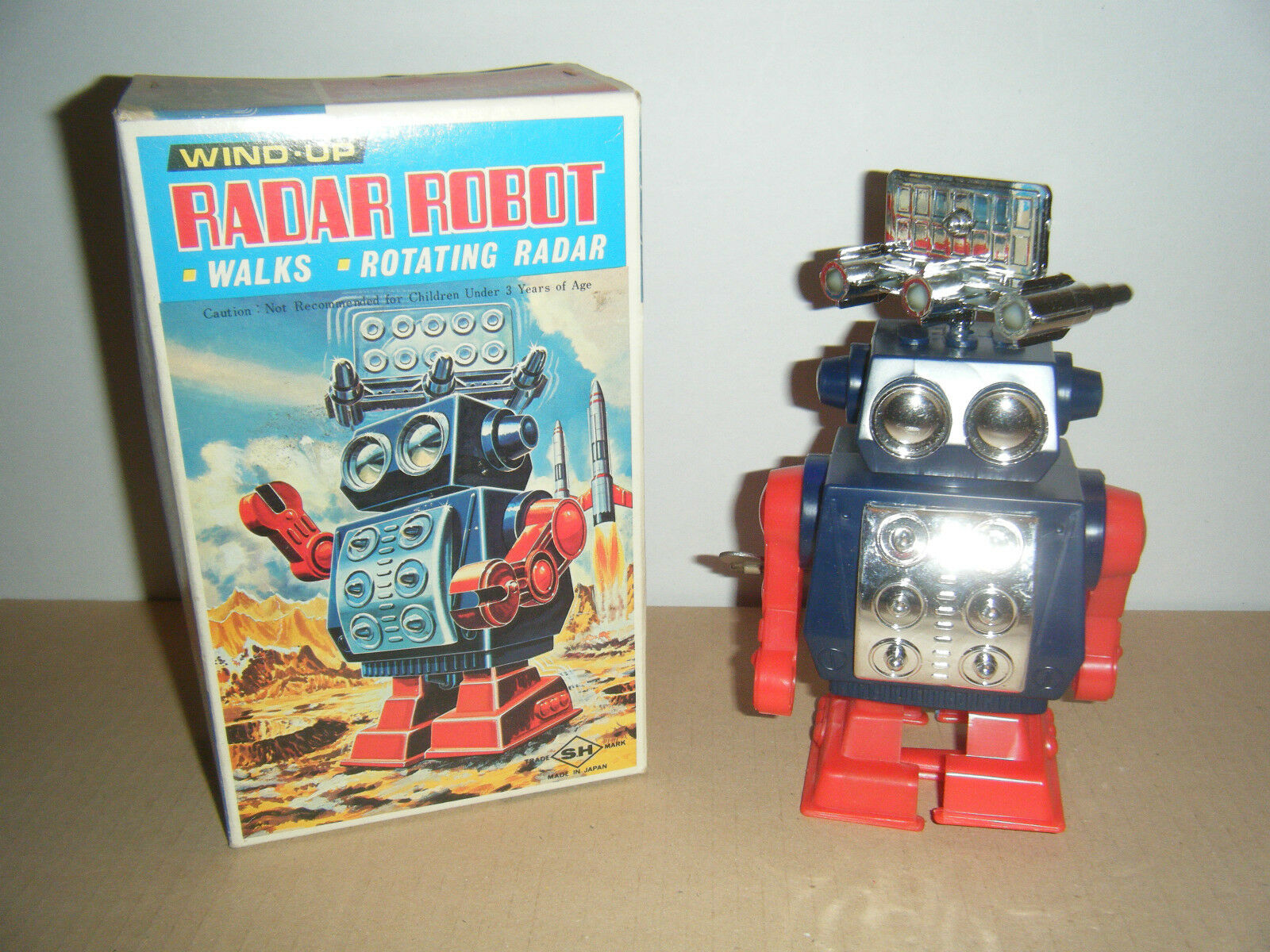Radar Robot  '70 made in Japan plastic