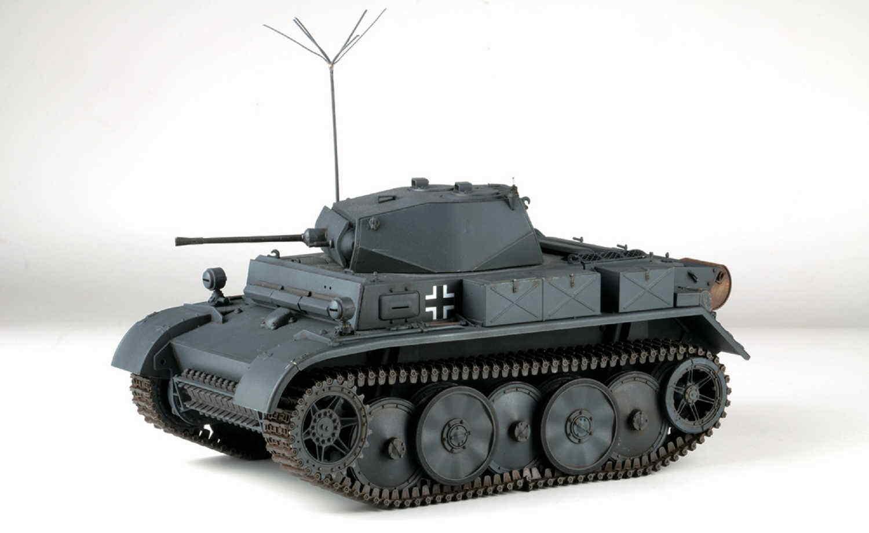 Asuka Model 35-038 Pz.Kpfw.II Ausf.L Luchs früh 1 35 NEU OVP  | Gewinnen Sie hoch geschätzt
