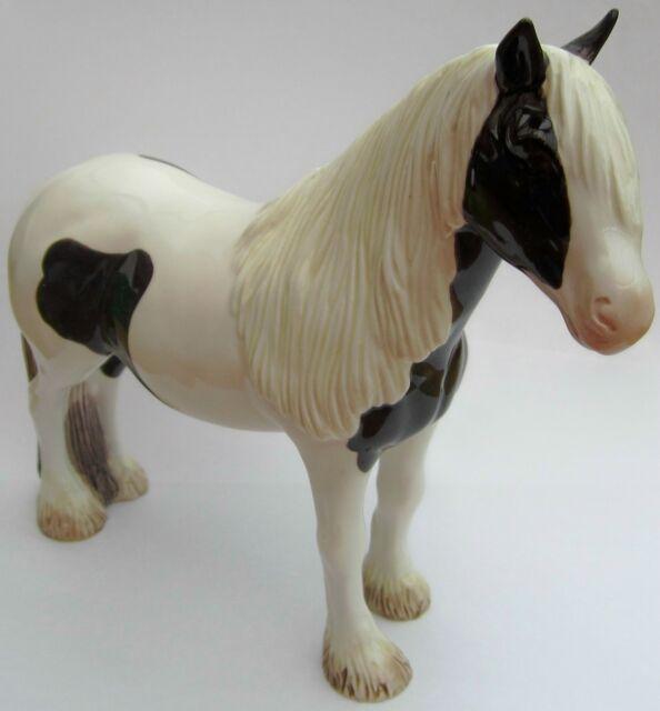 New boxed JOHN BESWICK Piebald Vanner Pony horse figure JBH26BLK