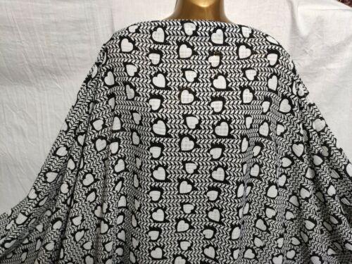 *NEW*Black-White Burnout Polyester Hearts Print Dress//Craft Fabric*FREE P/&P*