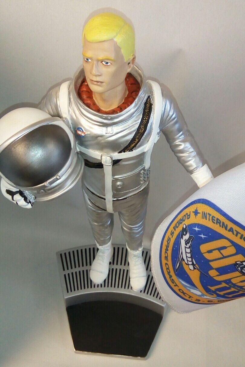 1996 GI Joe Collectors Convention Limited Ed  378/400 12  Astronaut Statue MIB