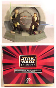 Star Wars Phantom Menace Lighted Ceramic Statue/Diorama MIB