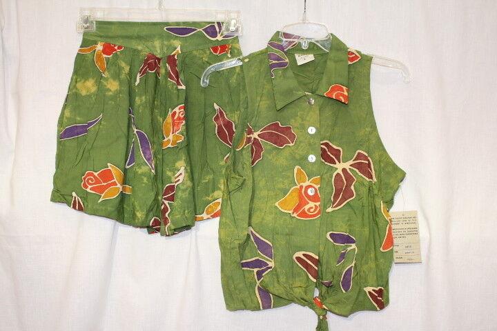 NWT CREATIVE BATIKS Green Floral 2Pc Short Set Womens Size M-B118