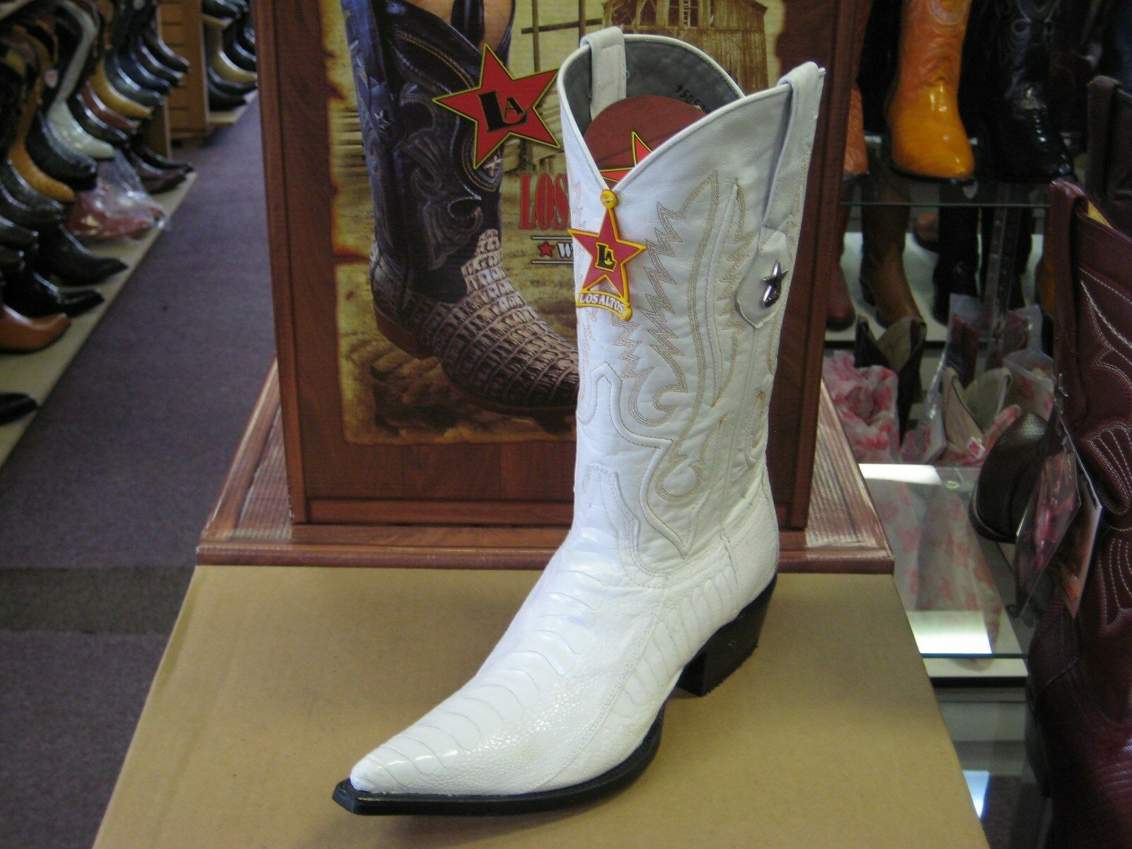 LOS ALTOS WHITE 3X-TOE GENUINE OSTRICH LEG WESTERN COWBOY BOOT (EE+) 95V0528