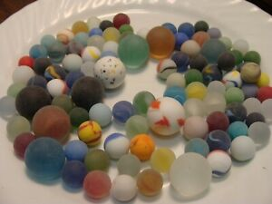 100-Vintage-Glass-Frosted-Beach-Style-Marbles-Cats-Eye-Clear-Swirls-Green-Red-2